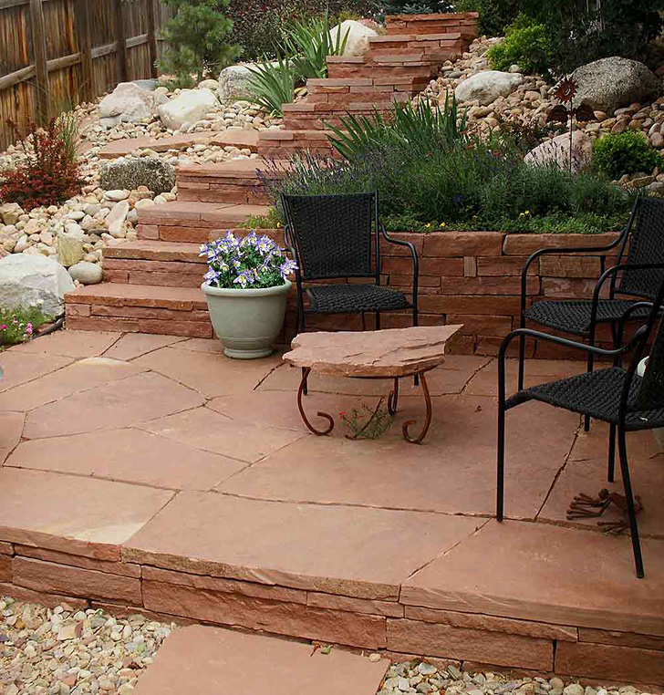 Sandstone-StepsWall-and-Patio