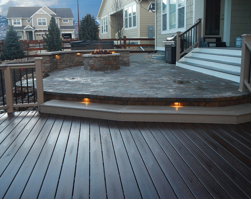 deck&patio-lites
